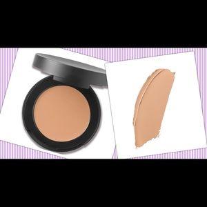 Bare minerals correcting concealer- medium 1